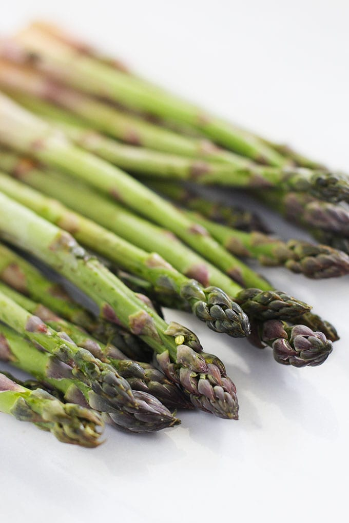 Creamy Asparagus and Pea Soup is light, refreshing and detoxifying!    fitlivingeats.com