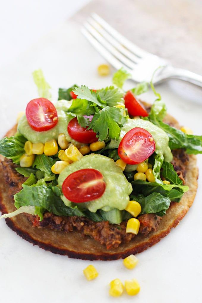 Mexican Pizzas with an Avocado Cream Sauce {vegan} || FitLiving Eats
