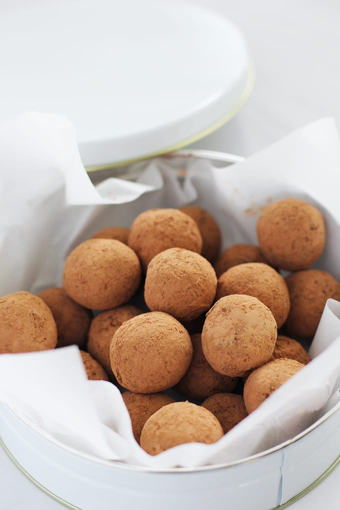 Chocolate Peanut Butter Maca Truffles made with superfood ingredients to satisfy your sweet tooth with natural sugars!   fitlivingeats.com