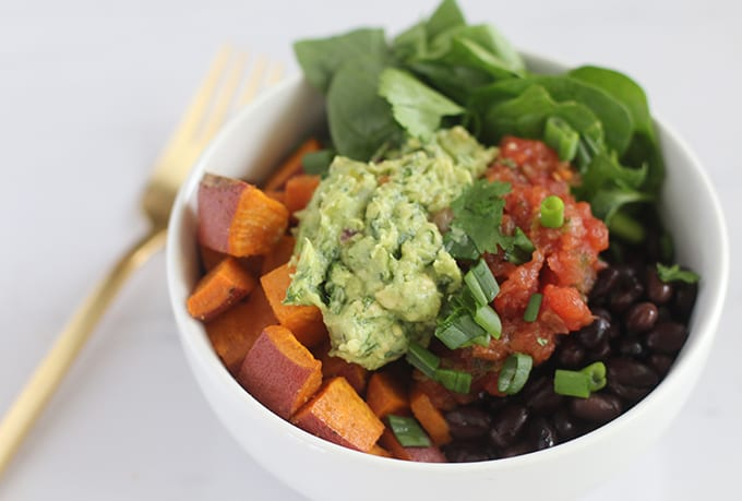 Chipotle-Inspired Sweet Potato and Black Bean Power Bowl