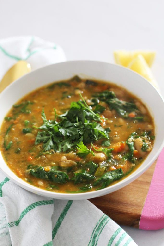 Tuscan Veggie Detox Soup | FitLiving Eats