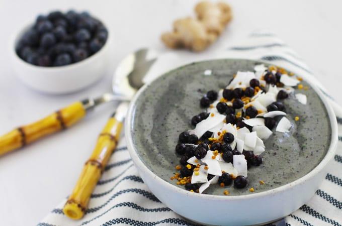 Almond Ginger Blueberry Anti-Inflammatory Smoothie Bowl