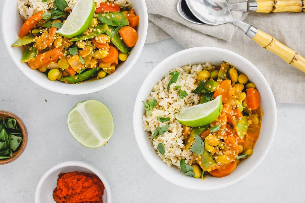 Clean-Out-Your-Fridge-Veggie-Stir-Fry-4---FitLiving-Eats-by-Carly-Paige-recipe